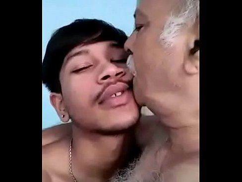 Indian Muslim Oldman Sucking Young Boy Long Cock