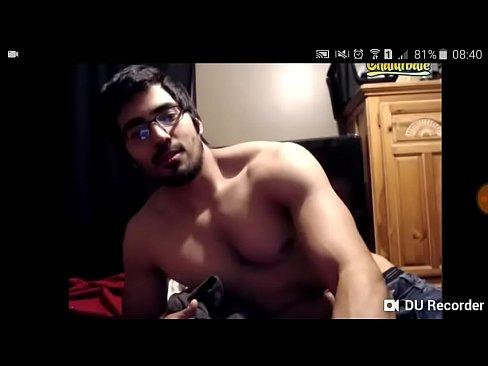 Desi Boy Showing her Body on Cam Mms