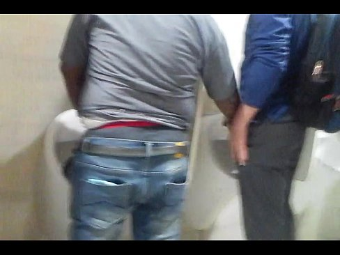 Indian Mans Doing Nasty Stuffs in Toilet Mms